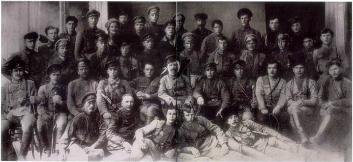 9 10 Foto foto Manipulasi Jaman Uni Soviet Di Mana Photoshop Belum Ada!!