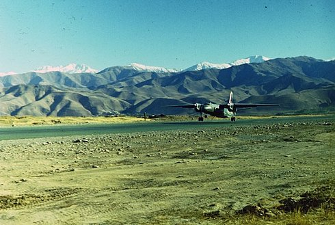 photos of soviet military pilot from afghanistan 3