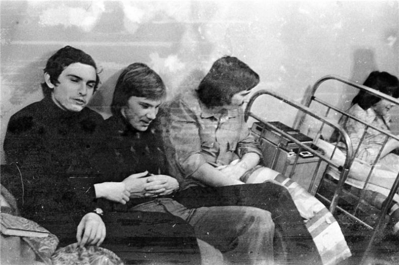 Students of USSR, or Russian students during Soviet reign 33