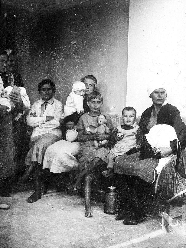 Bienestar de los niños Sovieticos ( época de Stalin ) - Página 2 16
