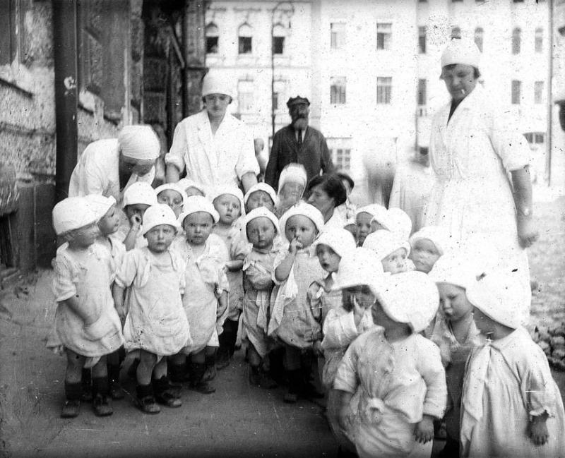 Bienestar de los niños Sovieticos ( época de Stalin ) - Página 2 31