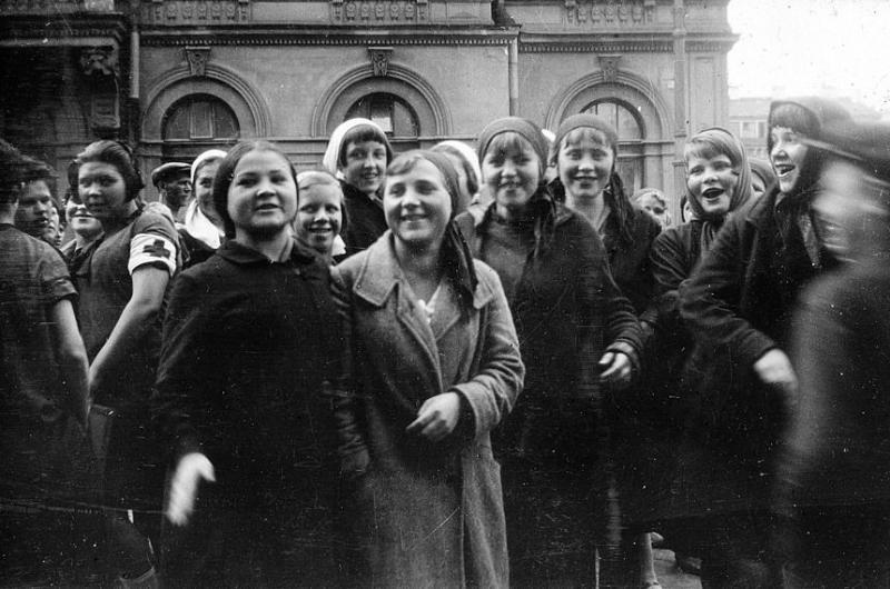 Bienestar de los niños Sovieticos ( época de Stalin ) - Página 2 46