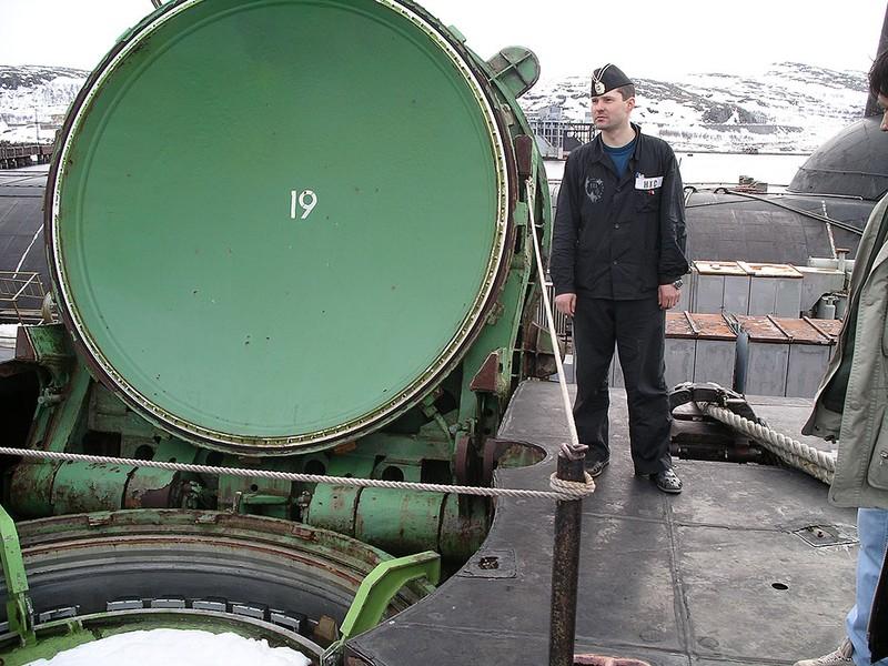 World's Biggest Submarine - Russian Submarine Typhoon 13