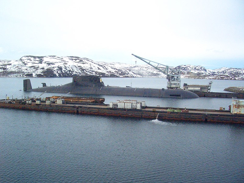 World's Biggest Submarine - Russian Submarine Typhoon 32