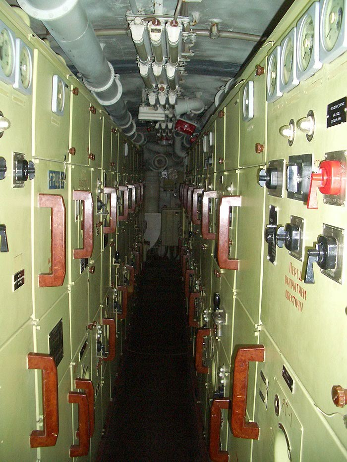 World's Biggest Submarine - Russian Submarine Typhoon 51