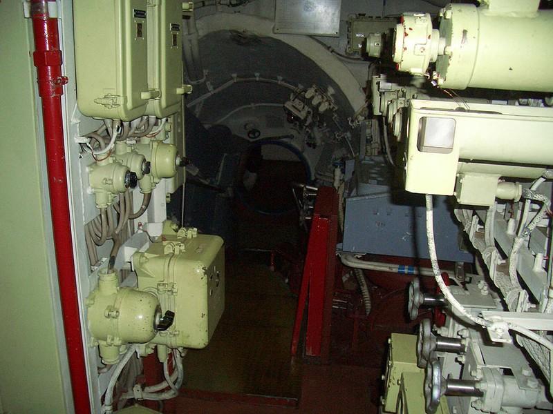 World's Biggest Submarine - Russian Submarine Typhoon 53