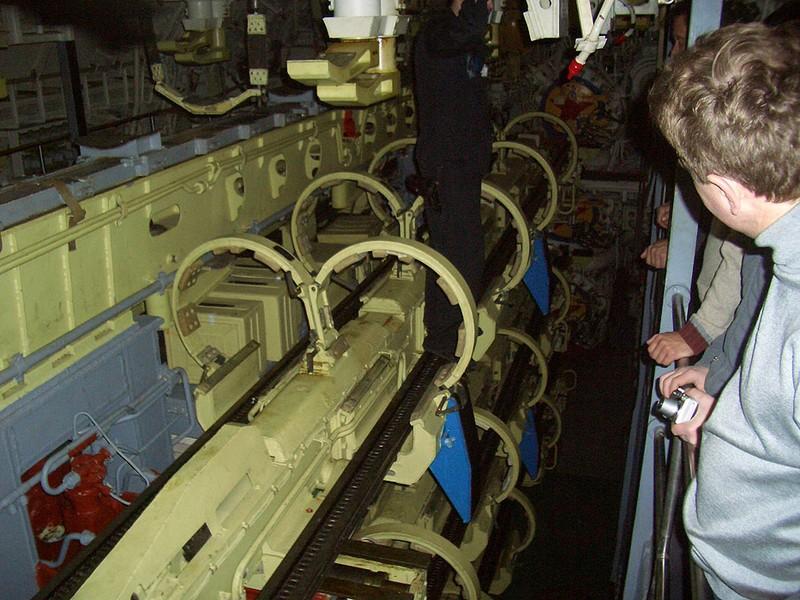 World's Biggest Submarine - Russian Submarine Typhoon 80