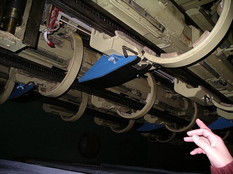 World's Biggest Submarine - Russian Submarine Typhoon 81