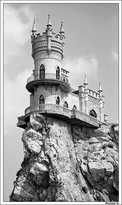 Swallow\'s Nest, the castle over the sea in Crimea 11
