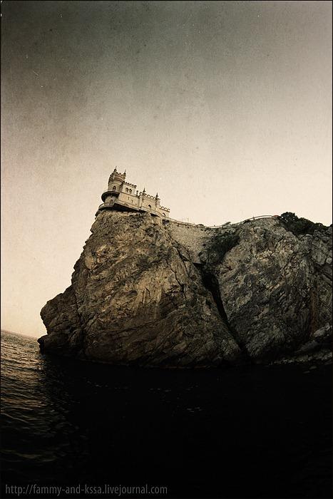 Swallow\'s Nest, the castle over the sea in Crimea  2