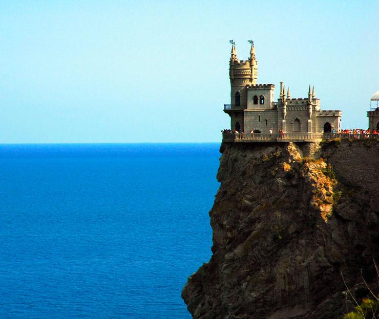 Swallow\'s Nest, the castle over the sea in Crimea  3