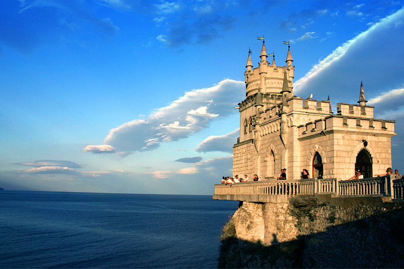 Swallow\'s Nest, the castle over the sea in Crimea 4
