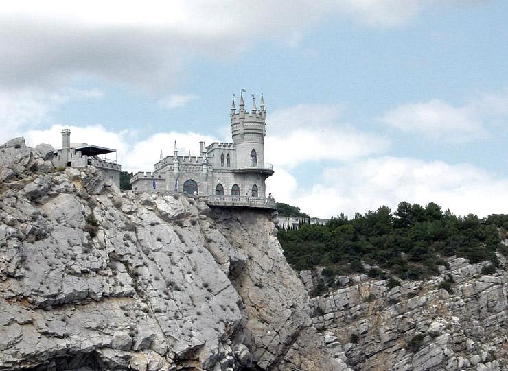 Swallow\'s Nest, the castle over the sea in Crimea  5