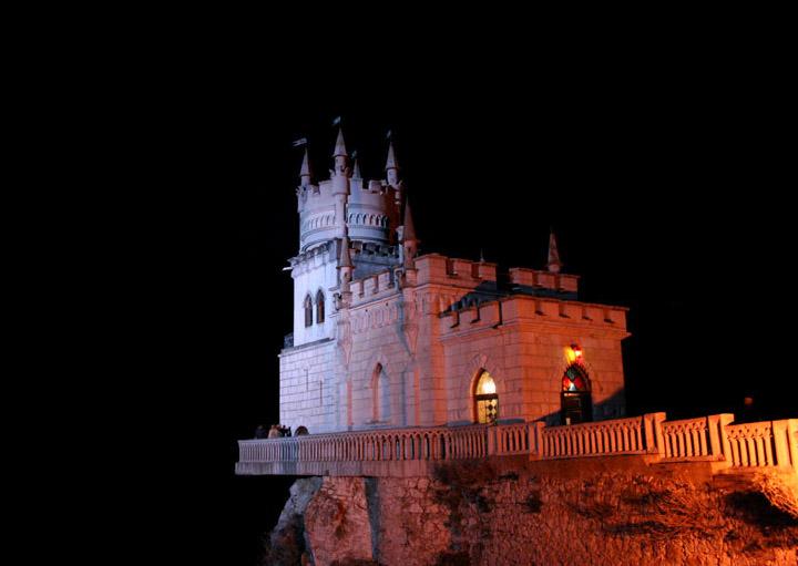Swallow\'s Nest, the castle over the sea in Crimea  8