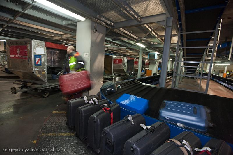 The Airport as a Suitcase Sees It 27