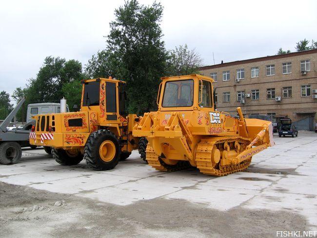 russian tractors 1