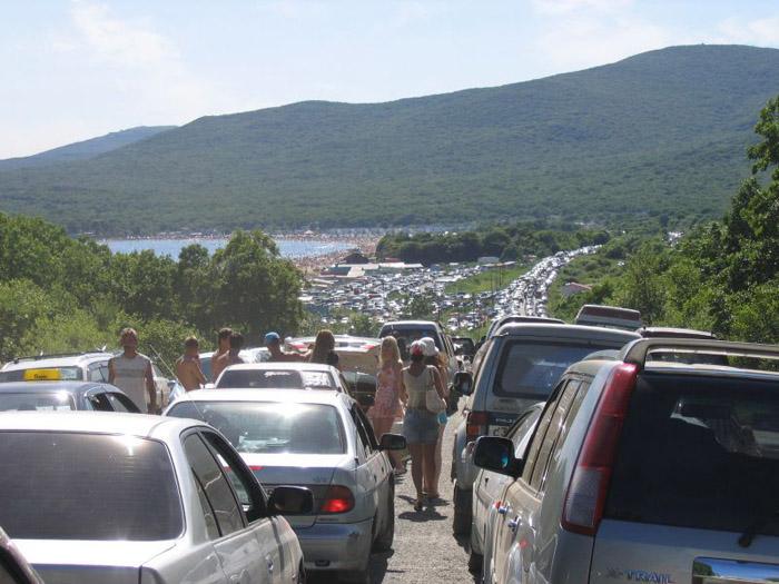 Colossal traffic jam in Vladivostok city 3