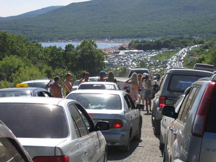 Colossal traffic jam in Vladivostok city 4