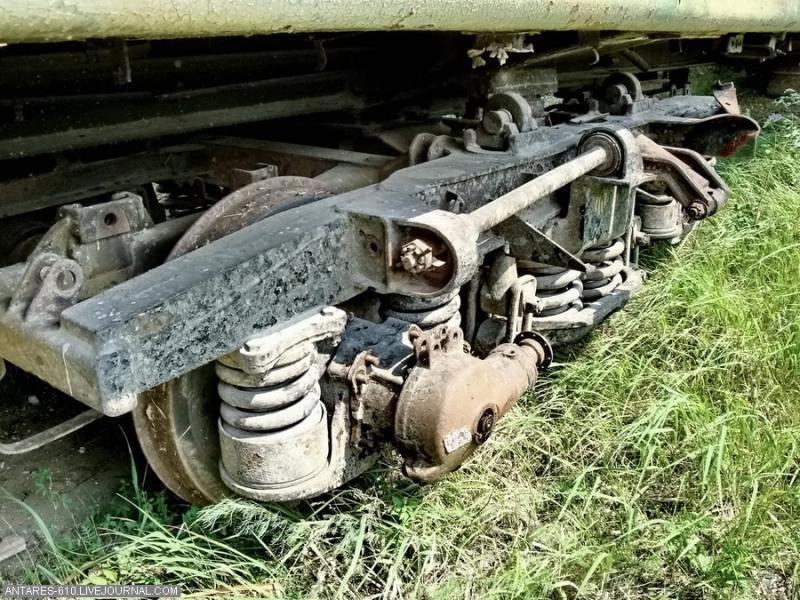 train_cemetery 10