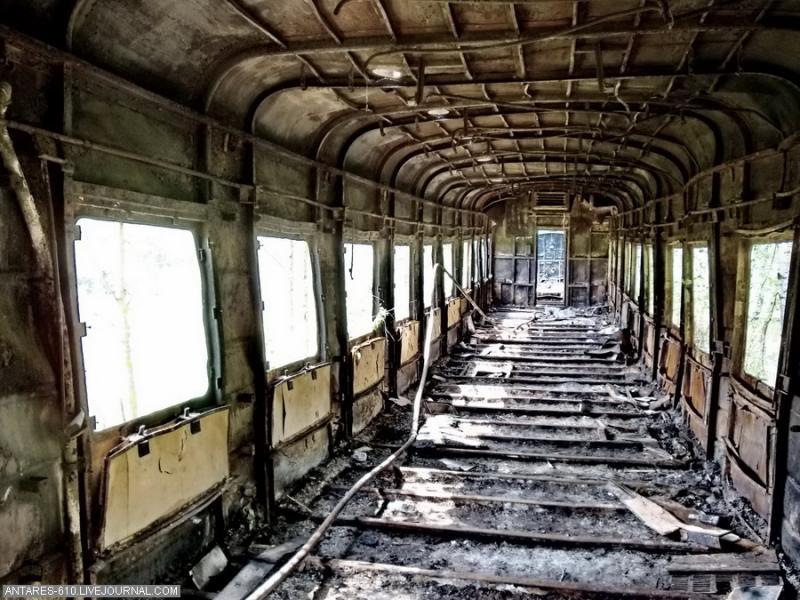train_cemetery 13