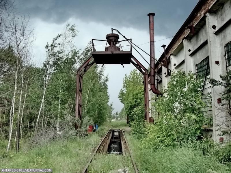 train_cemetery 15