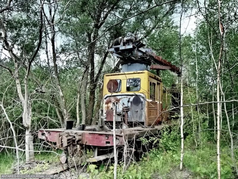 train_cemetery 16