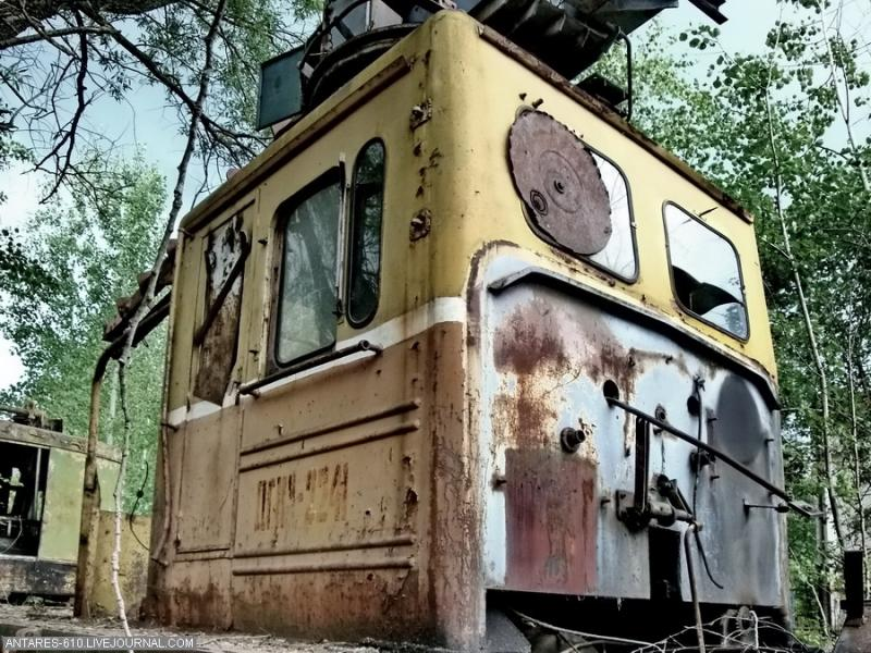 train_cemetery 18