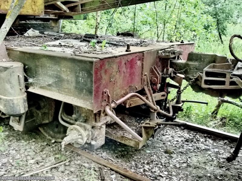 train_cemetery 24