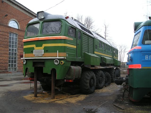 russian train with wheels