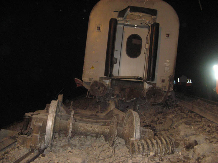 train wrecked in Russia 10