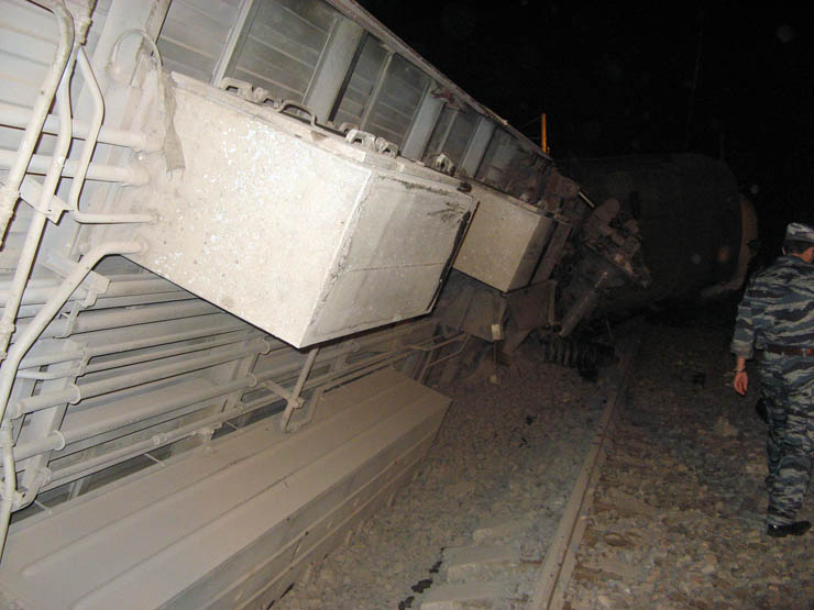 train wrecked in Russia 7