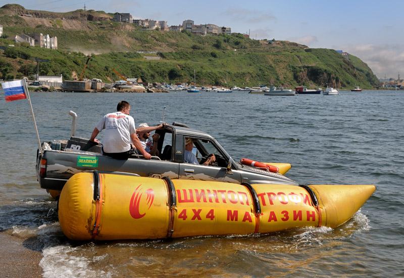 Russian truck goes boat 5