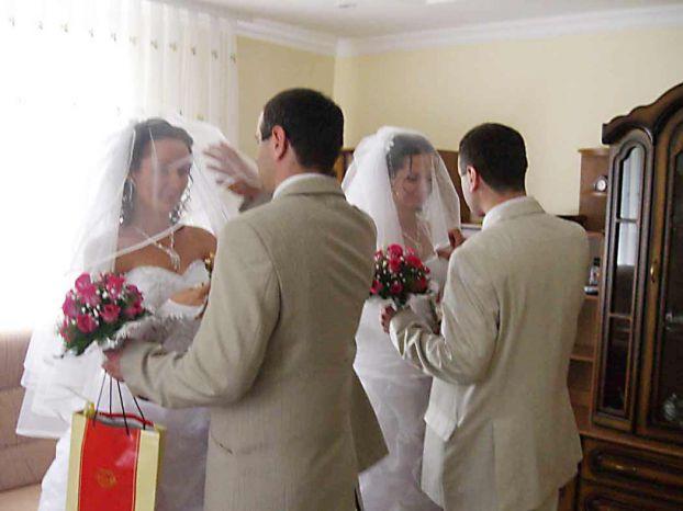 twins wedding ceremony in the Ukraine 2