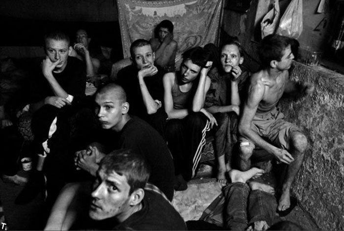 Homeless kids in Ukraine 24