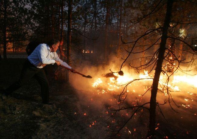 ukrainian president fights fire 3