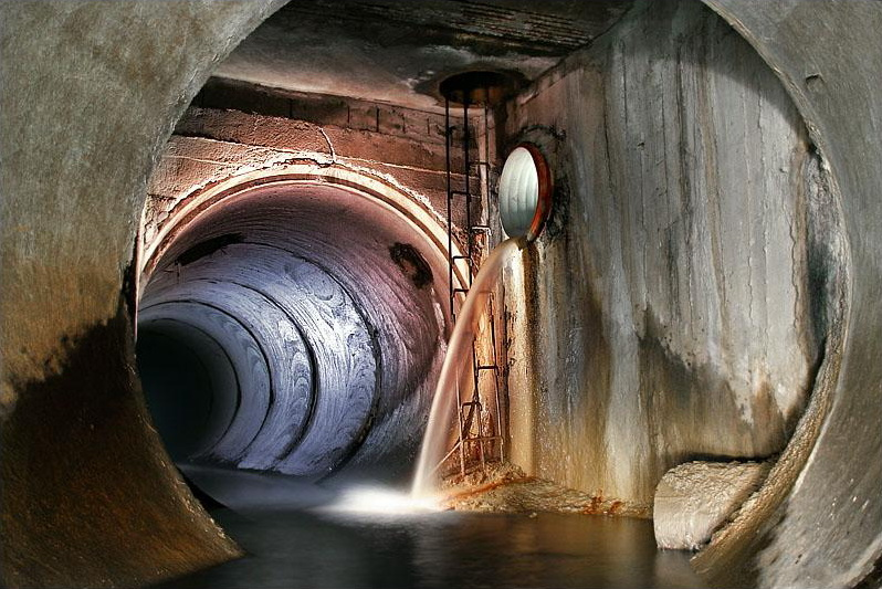 Moscow sewage 6