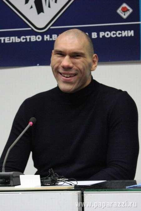 Russian Boxer Valuev 8