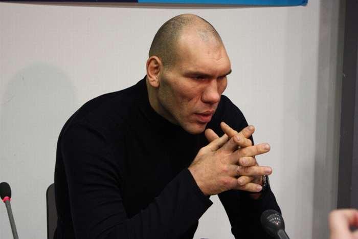 Russian Boxer Valuev 9
