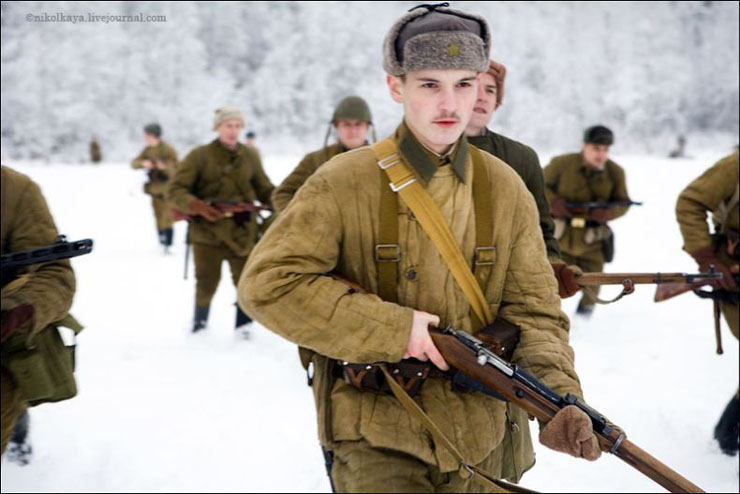 guys dressed in world war suites near Leningrad 12