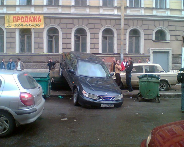 bad parking in Russia 2