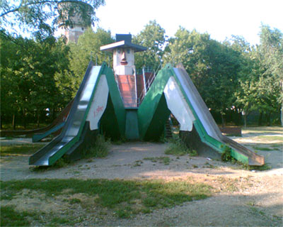 the most weird russian playgrounds for kids 1