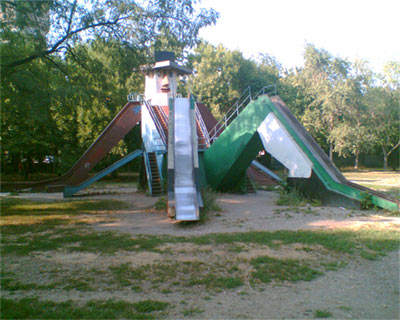 the most weird russian playgrounds for kids 2