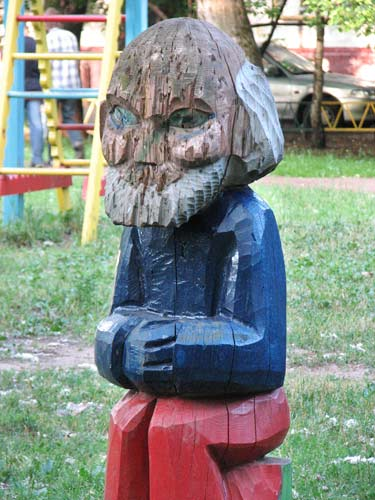 the most weird russian playgrounds for kids 31