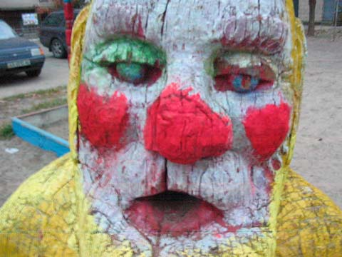 the most weird russian playgrounds for kids 9