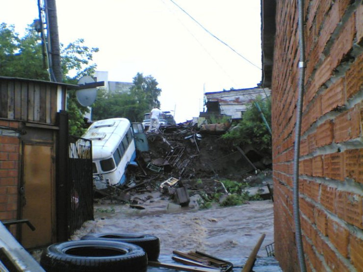 some photos of floods in russia 10