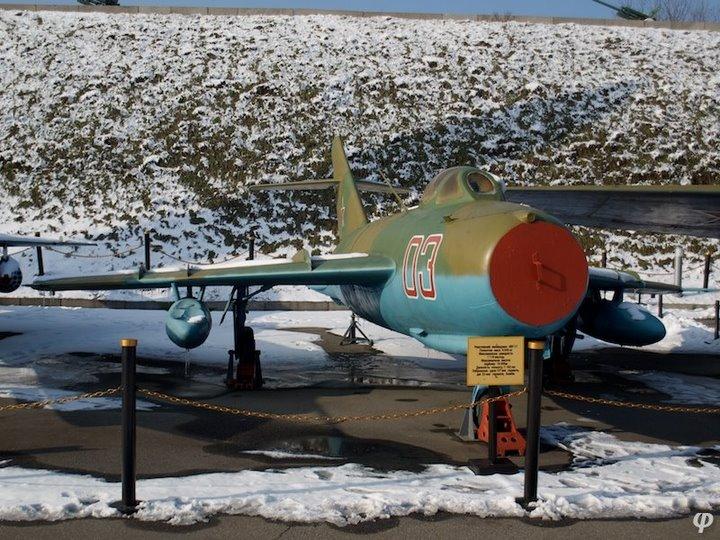 Russian armaments in museum in winter 18