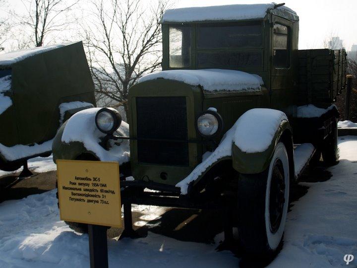 Russian armaments in museum in winter 35