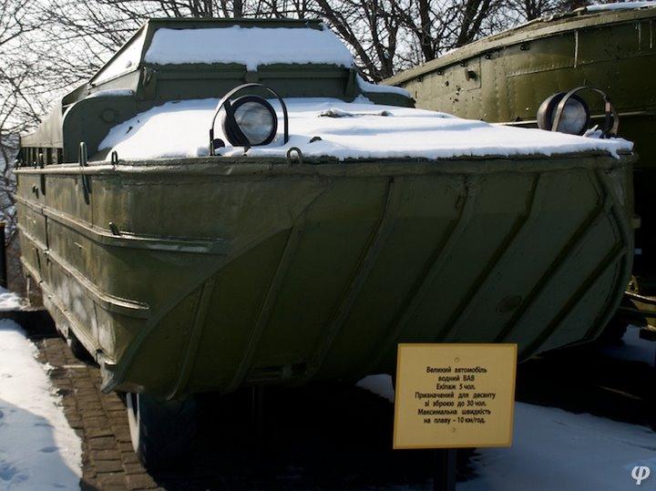 Russian armaments in museum in winter 41