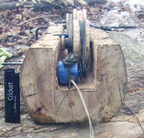 phone charger made of wood 2