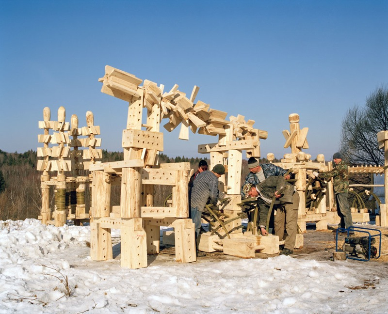 Russian wooden hadron collider